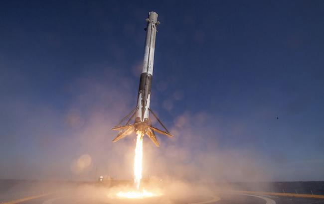 Ступінь ракети Falcon 9 впав у океан