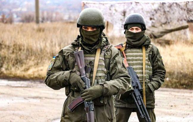 Боевики ранили военного на Донбассе