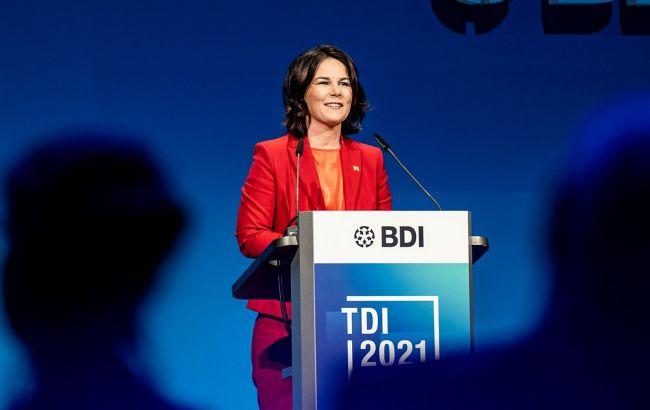"""Кандидат у канцлери Німеччини розкритикувала угоду з США щодо """" Північного потоку-2"""""""