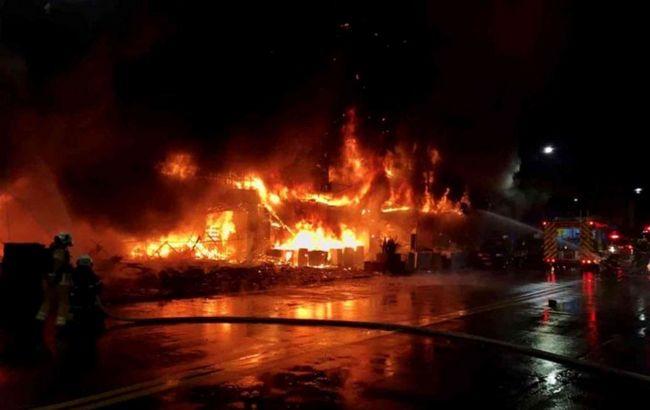 У Тайвані загорівся 13-поверховий будинок: десятки загиблих і постраждалих