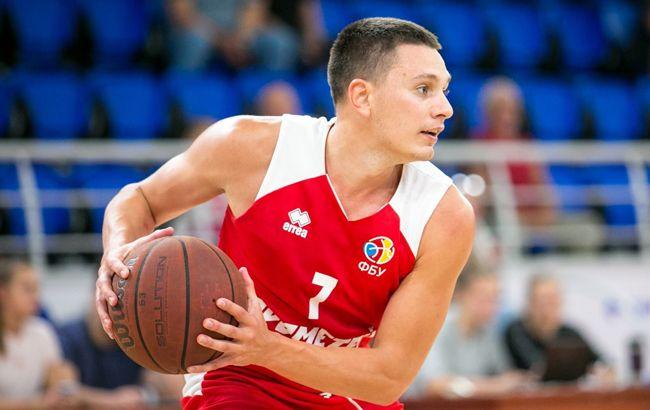 """Український баскетболіст """"підірвав"""" мережу вражаючими кидками (відео)"""