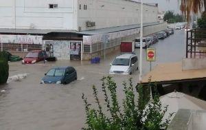 Испания пострадала от сильного наводнения: затоплены автомобили и здания