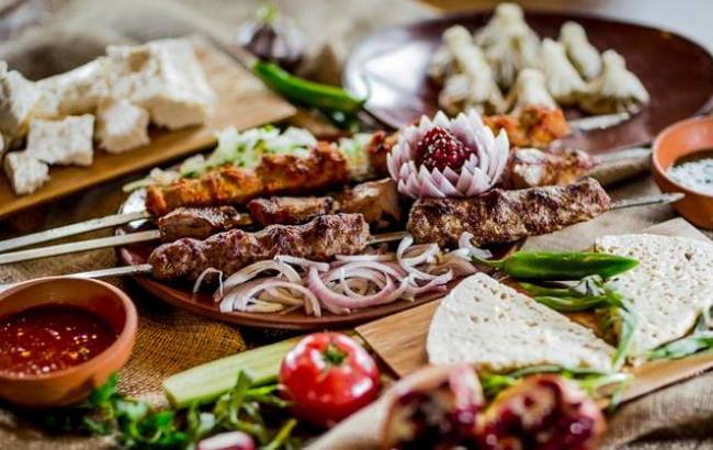 Фото: грузинський стіл