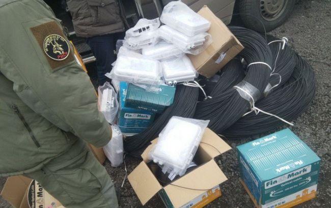 Фото: грузы пытались доставить на оккупированные террористами территории