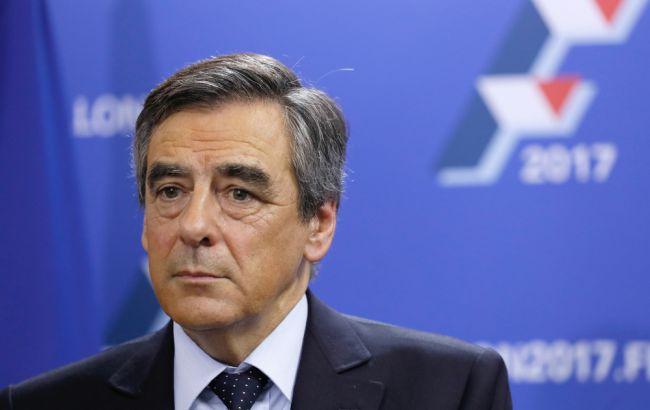 Фото: во Франции на выборах президента кандидат Франсуа Фийон теряет поддержку избирателей
