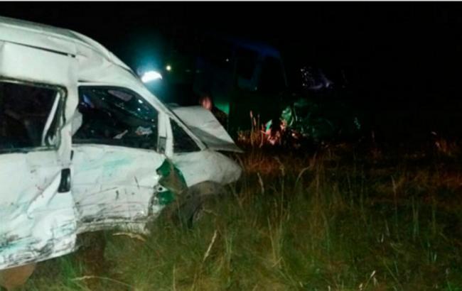 Фото: в ДТП у Львівській області постраждали 2 водіїв та 9 пасажирів