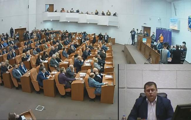 Фото: пленарное заседание горсовета Днепра