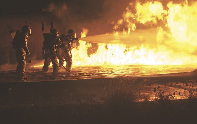 Фото: тушение пожара (Pixabey)