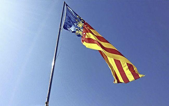 Фото: флаг Каталонии (Pixabаy/MayteBG)
