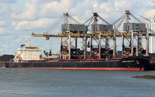 Порт «Южный» принял еще один балкер суглём изЮАР
