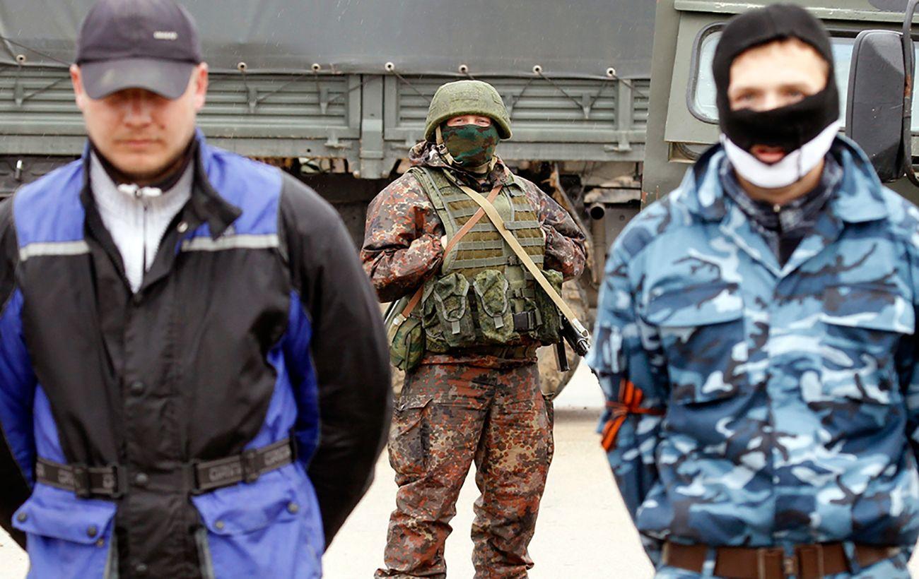 На Донбассе боевики массово вербуют детей, нарушая законы войны