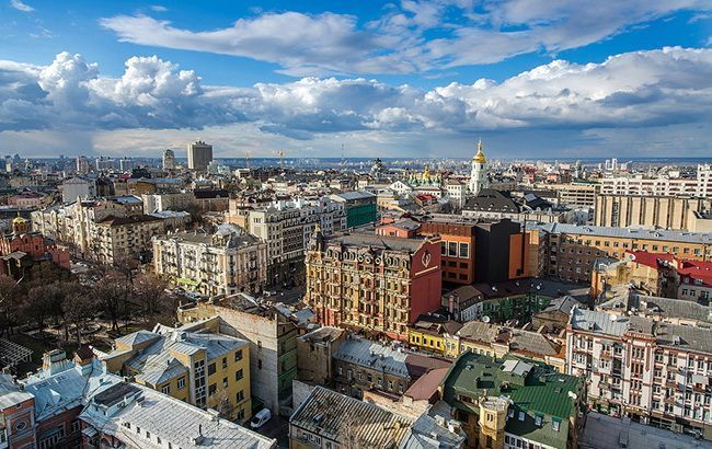 Антициклон принесет сухую погоду в Украину