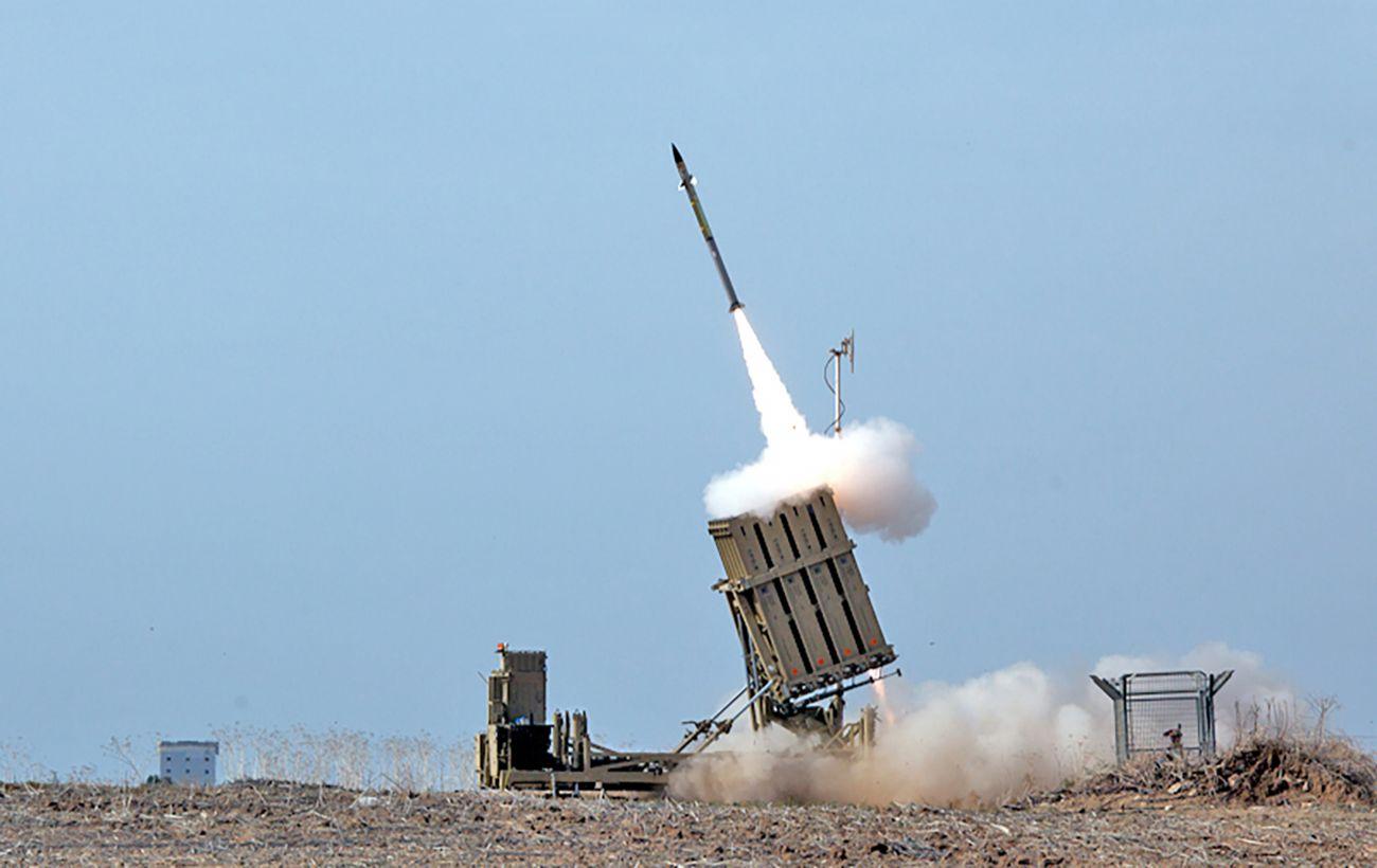 """Израиль развернул """"Железный купол"""" по всей стране и готовится к эскалации"""