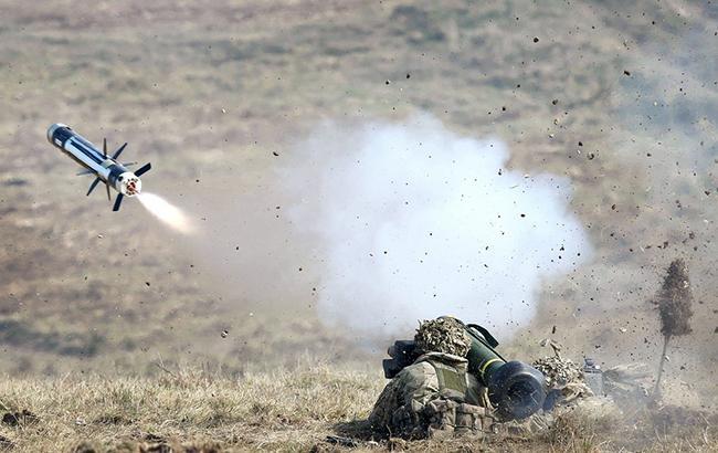 США вже поставили Україні протитанкові ракетні комплекси Javelin— ЗМІ