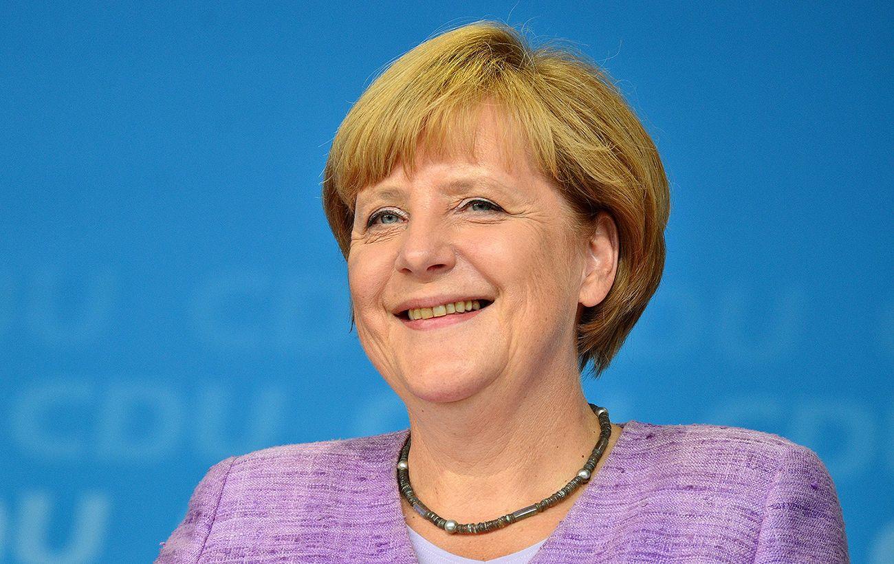 Меркель: ситуация на Донбассе и в Крыму более чем тревожная