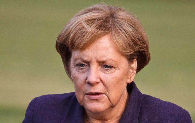 У Німеччині рекордно знизився рейтинг партії Меркель