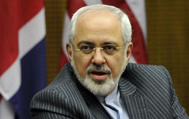 Иран рассмотрит вопрос о выходе из ядерной сделки в случае санкций США