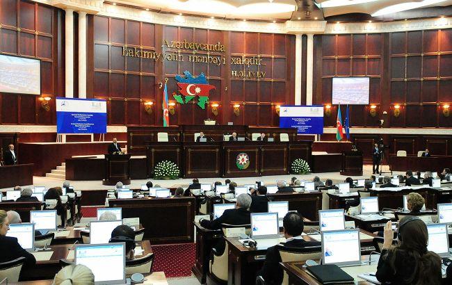 Азербайджан скасував воєнний стан