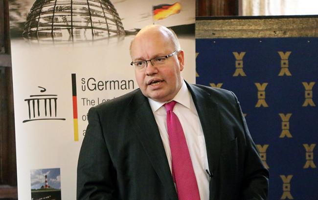"""Міністр економіки Німеччини виступив на підтримку """"Північного потоку-2"""""""