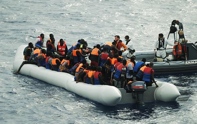 Фото: біженці (flickr.com/mindefensa)
