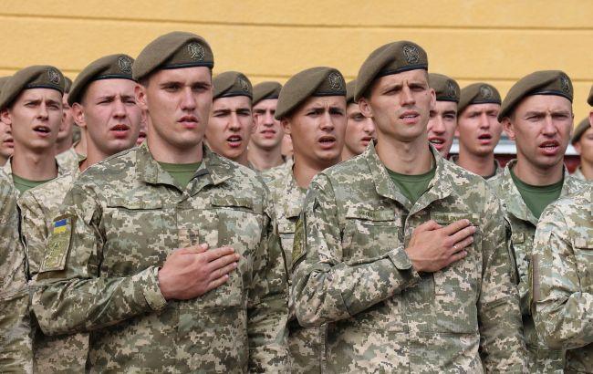 Усиление обстрелов на Донбассе не повод призывать резервистов, - Завитневич
