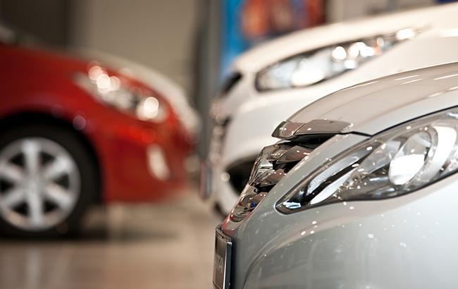 Украинцы в прошлом году покупали больше автомобилей б/у или премиум-класса (фото flickr.com)