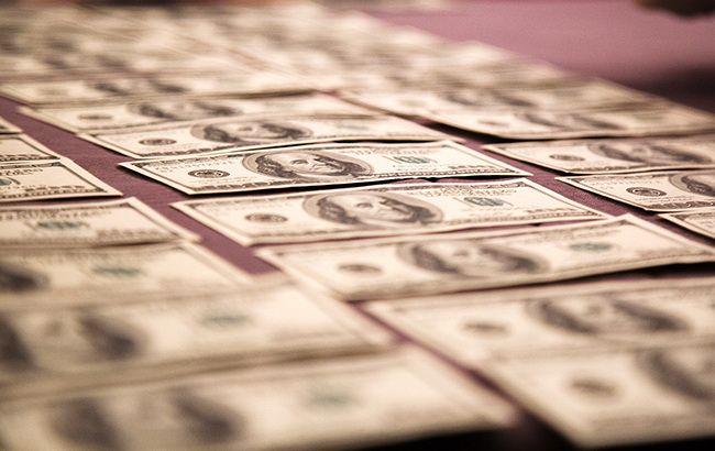 Курс долара різко зріс на відкритті міжбанку