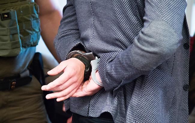 Фото: затриманим з вибухівкою оголошено підозру (фото з відкритих джерел)