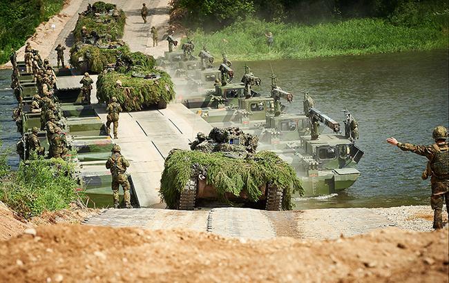 Фото: війська НАТО (flickr.com-nato)