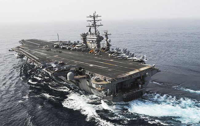 Фото: американський авіаносець класу USS Nimitz (flickr.com navcent)