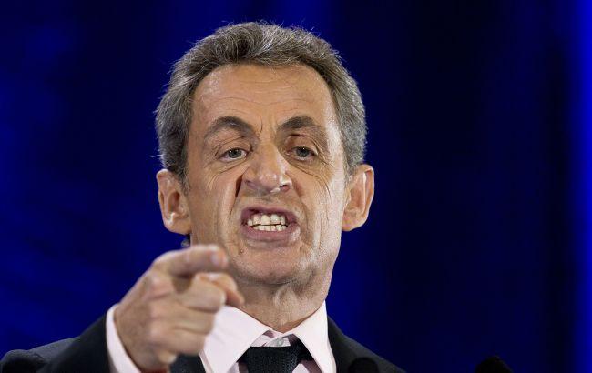 Впервые в истории Франции экс-президент предстанет перед судом