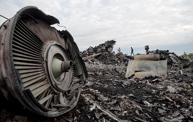 Порошенко: Україна продовжить допомагати в розслідуванні катастрофи MH17