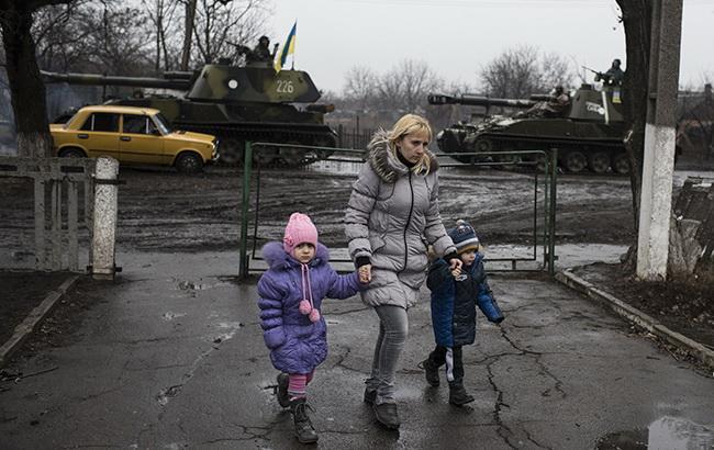 Кабмін прибрав три населених пункти на Донбасі зі списку окупованих
