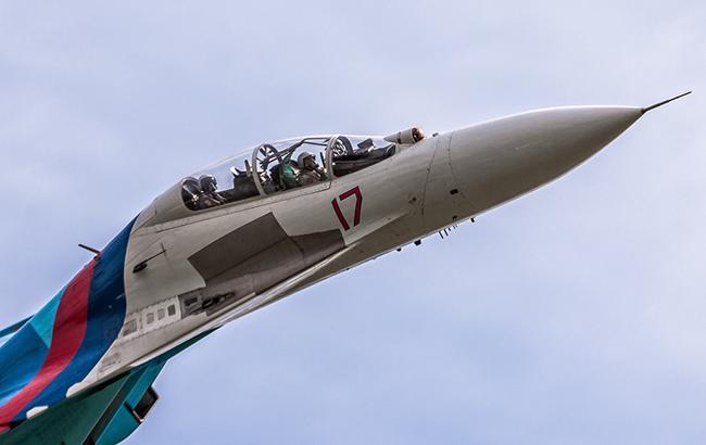 Фото: США відреагували на перехоплення РФ свого літака (винищувач СУ-27 flickr.com sashapo)