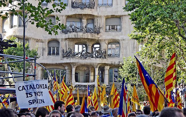 Фото: акція протесту в Каталонії (flickr.com SBA73)