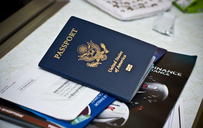 Декілька штатів США дозволили додати до Apple Wallet права і паспорт