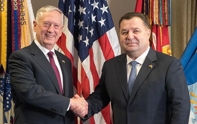Міністр оборони США процитував гімн України на зустрічі з Полторак