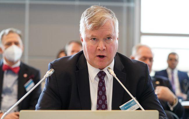 США обсуждают с Евросоюзом адресные санкции против Беларуси