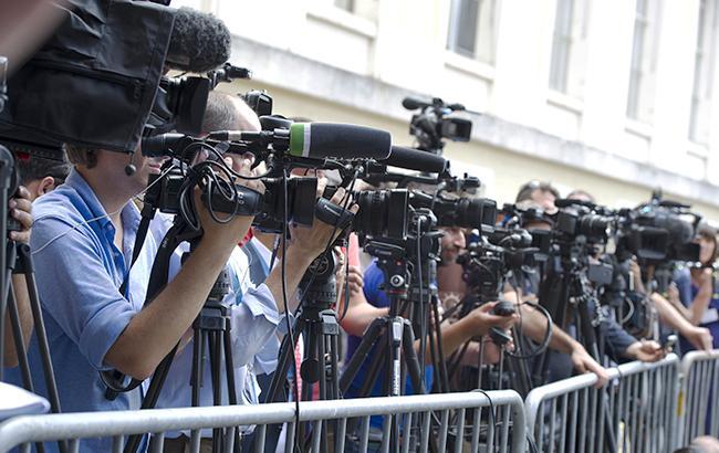 ВУкраинском государстве на корреспондентов впервую очередь нападали чиновники, милиция игосохрана