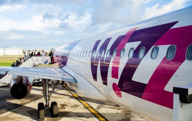 Естонія заборонила польоти з України
