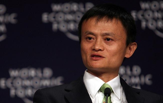 Засновник Alibaba пішов у відставку