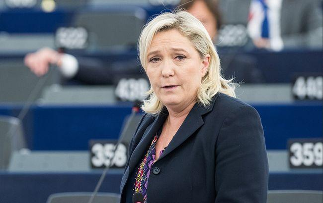 Во Франции партию Ле Пен обвинили в злоупотреблении средствами Европарламента