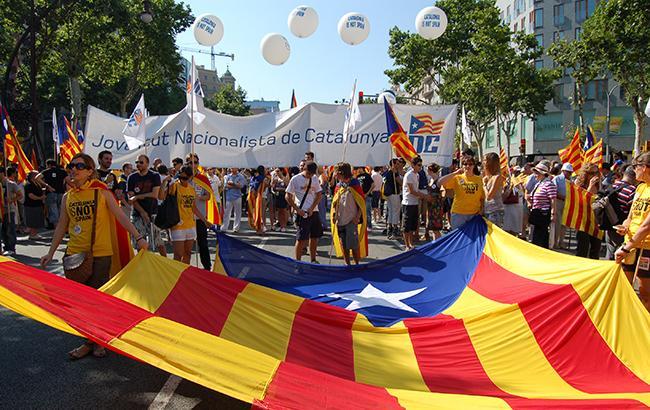 ВБарселоне митингующие заблокировали работу железнодорожного вокзала