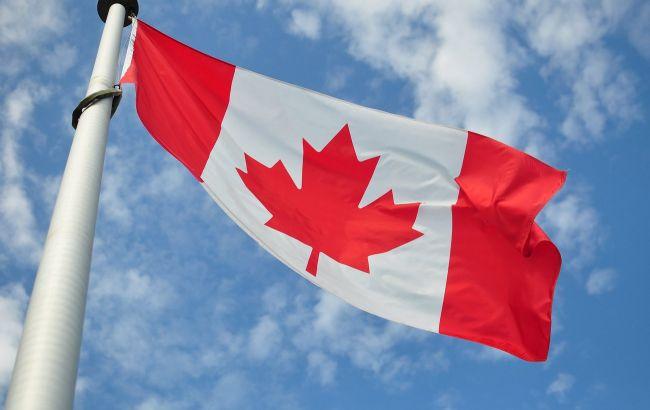 Канада открывает границу для американцев, вакцинированных от COVID-19