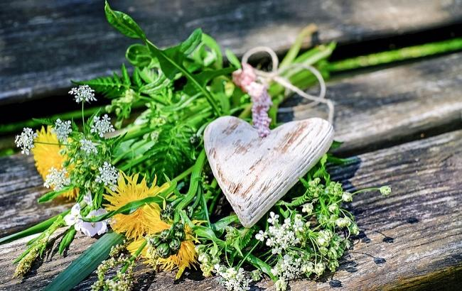 Фото: Троица - яркий праздник (pixabay.com/Couleur)