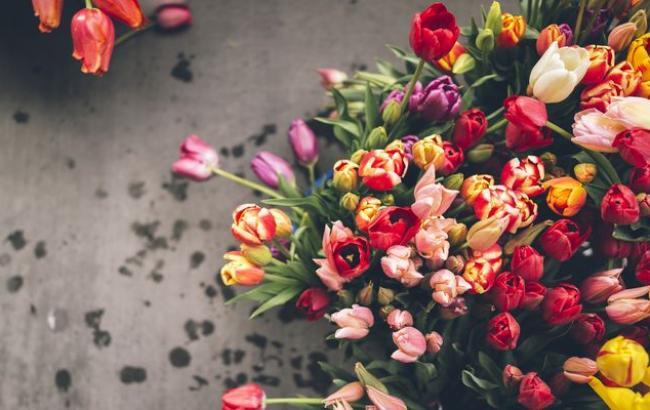 8 березня: В мережі розповіли, які квіти будуть дарувати українці жінкам на свято