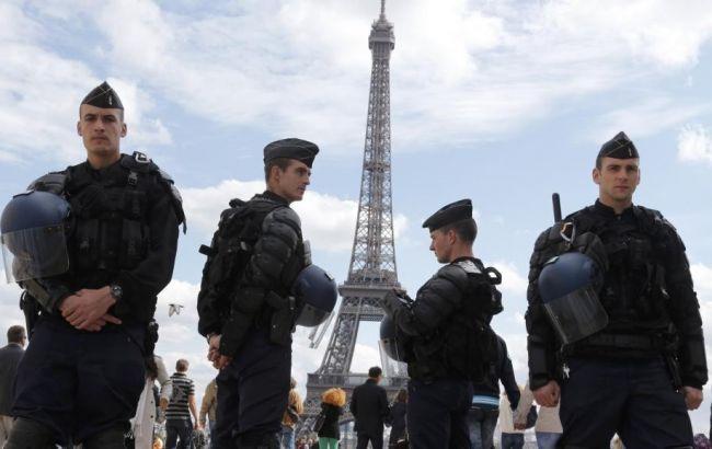 Женщинам, которые планировали теракты встолице франции, предъявили обвинения