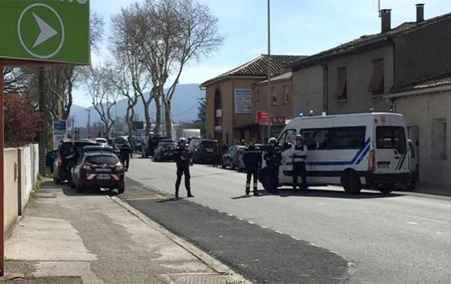 Фото: полиция застрелила захватчика заложников во Франции (france-(twitter.com-tvanouvelles)