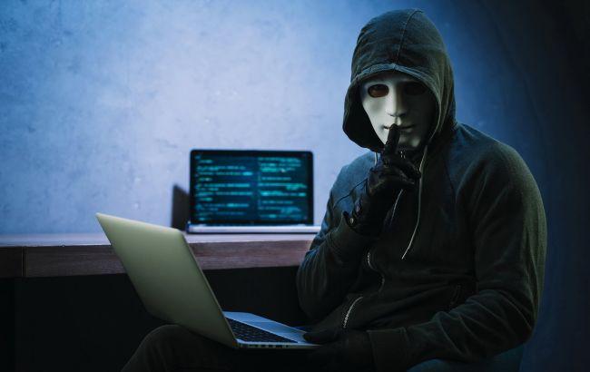"""Війна вірусів. Чи готова Україна до кібератак і що загрожує """"цифровій державі"""""""
