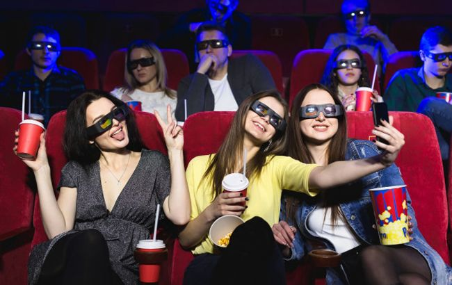 В Україні зробили гучну заяву про відкриття концертних залів і кінотеатрів